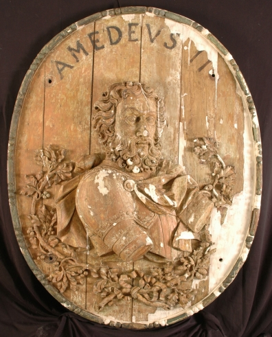 The restoration of the 12 wooden medallions depicting the Savoy dynasty.